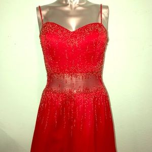 Perfect Red statement dress for prom or homecoming
